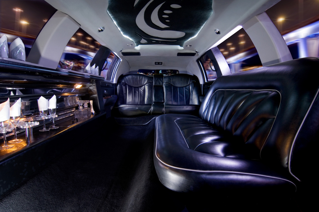 Corporate Limousine Service a Stylish Way to Impress Clients and Executives